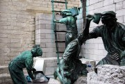 Working Statues